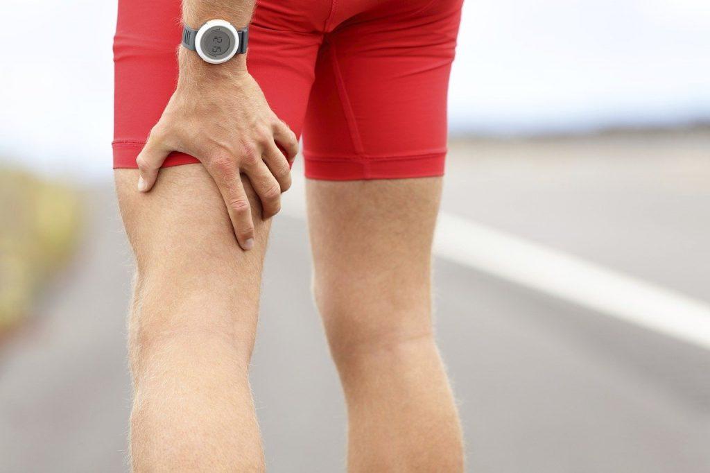 Wat zijn de oorzaken van krampen in de benen?